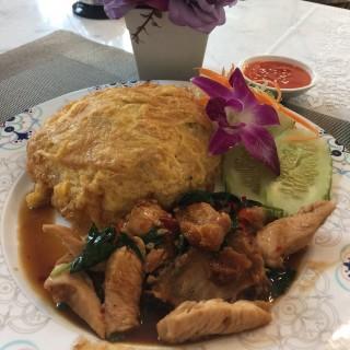 dari Eat Lovers (ลาดพร้าว) di ลาดพร้าว |Bangkok