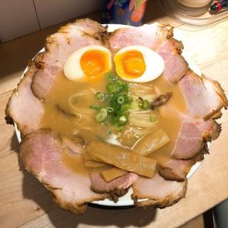 濃湯極上拉麵 - 位於荃灣的麵屋丸京 (荃灣) | 香港