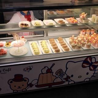 's bonbons hello kitty Cafe (zhujiangxincheng)|Guangzhou