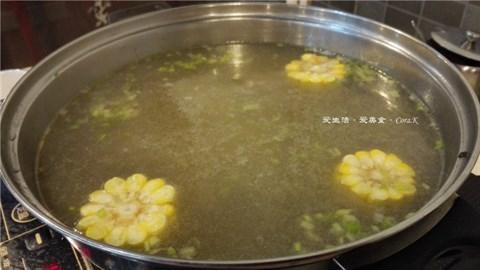玉米萝卜牛骨汤锅底 - Chepi's 浪险汕头牛肉火锅|Chiu Chow - Guangzhou