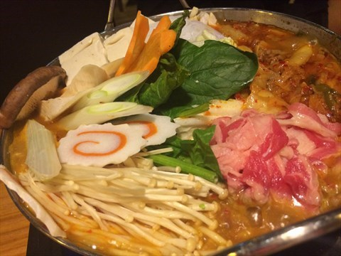 泡菜肥牛火锅 - 位于大坪的名古 食居 (大坪)   重庆图片