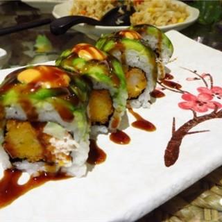 牛油果炸虾卷 - jiangnanxi's 米司美式寿司料理 (jiangnanxi)|Guangzhou