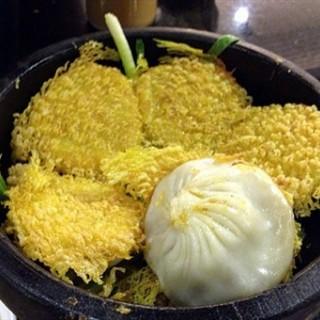 石锅蟹粉小笼包 - xidan's 避风塘 (xidan)|Beijing