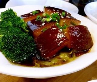 东坡肉饭 - 位於的宽饭·绿氧空间 (酒仙橋) | 北京
