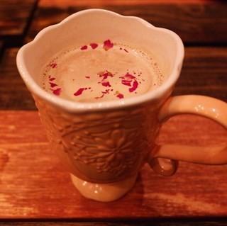 玫瑰奶茶 - 位於白堤路 的啡梵记忆loft私房菜(融合料理) (白堤路 ) | 天津