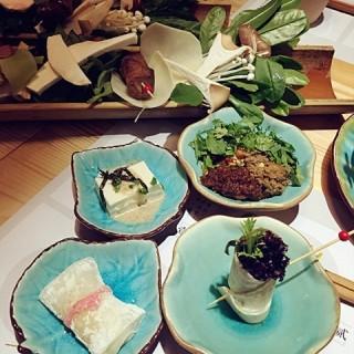 's 拈花素食 (tongzilin)|Chengdu
