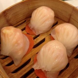虾饺 - ใน江汉路 จากร้าน表叔港式茶餐厅 (江汉路)|Wu Han