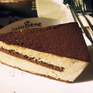 提拉米苏蛋糕 - 位于十里堡的Caffe Bene(住邦2000店) (十里堡) | 北京