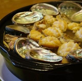 石橄榄鲍鱼鸡煲 - 's 潮菜•炊牛小馆 (baiyunshan)|Guangzhou