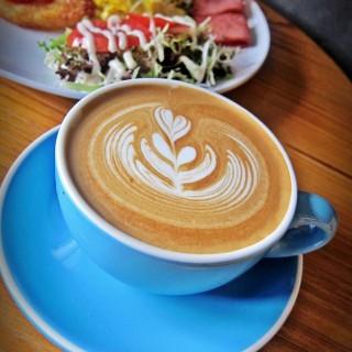 latte - ใน จากร้านCafé Heato (屯門)|ฮ่องกง