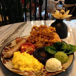All day brunch - ใน銅鑼灣 จากร้านHeSheEat (銅鑼灣)|ฮ่องกง
