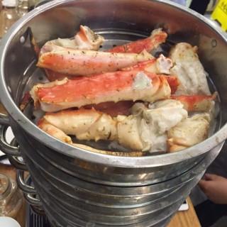 皇帝蟹 -  dari The Seafood Kitchen (西環) di 西環 |Hong Kong