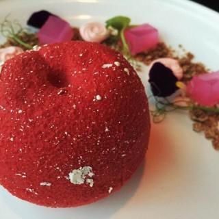 紅寶石蜜桃Ruby Peach - 位於旺角的Doux (旺角) | 香港