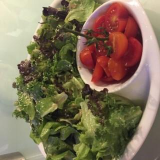 有機沙律芝麻醬厚切茄子 - 位於觀塘的三姐廚房私房菜 (觀塘)   香港