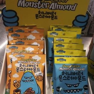 牛油蜂蜜杏仁( Honey Butter Monster Almond) - 位於旺角的Sweet Monster (旺角) | 香港