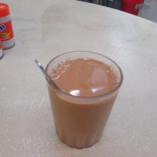 熱奶茶 - 位於長沙灣的均鴻茶餐廳 (長沙灣) | 香港