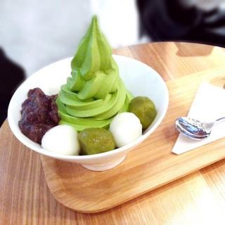 抹茶白玉紅豆雪糕 - 位於銅鑼灣的Via Tokyo (銅鑼灣) | 香港