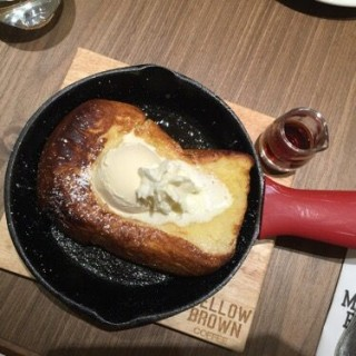 French  toast  with  ice  cream - 位於沙田的Mellow Brown Coffee by UCC (沙田) | 香港