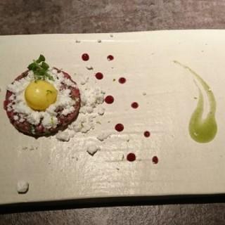 Beef Tartar - ใน銅鑼灣 จากร้านLe Rêve (銅鑼灣) ฮ่องกง