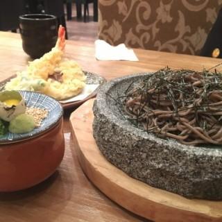 天婦羅蕎麥麵 - 位於薄扶林的奧壽司 (薄扶林)   香港