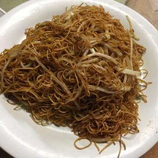 豉油皇炒麵 - 位於深井的傅記飯店 (深井) | 香港