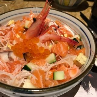 角切魚生飯 - 位於尖沙咀的一寿司 (尖沙咀) | 香港