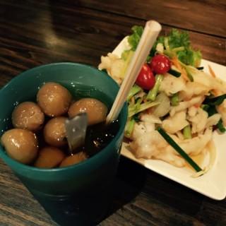 龍眼冰+酸辣鳳爪 - 位於的金葉軒 (將軍澳) | 香港