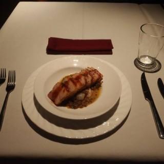 USA Pork Belly with Baby Green Lentil 美國豬腩配青扁豆 - 位於灣仔的Hollywood 49 法式餐館 (灣仔) | 香港