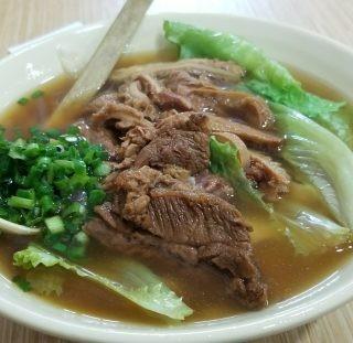 双拼牛腩金錢肚刀削麵 - 位於天水圍的樂湖刀削麵 (天水圍)   香港