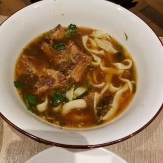 醬燒豬軟骨面 - 位於九龍灣的茶木‧台式休閒餐廳 (九龍灣) | 香港