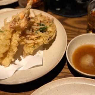 蝦天婦羅拼櫻花蝦野菜脆餅 - 位於中環的Kikusan (中環) | 香港
