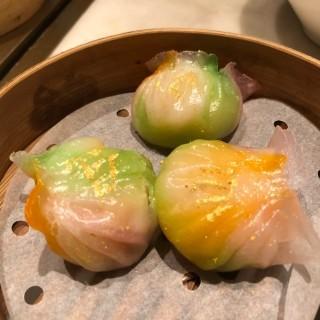 五彩虾饺 - 位於尖沙咀的飲茶 (尖沙咀) | 香港