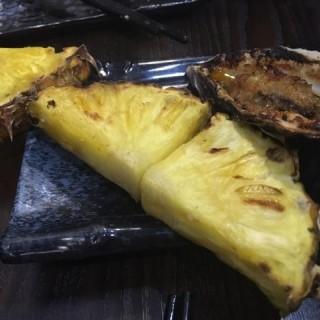 燒菠蘿及燒生蠔 - 位於元朗的泰豪燒 (元朗) | 香港