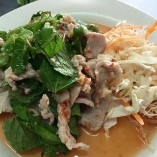 thai spicy lime salad with pork - Kepong's Lai Thai Restaurant (Kepong)|Klang Valley