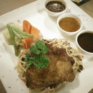 Grilled Chicken Chop Alio-Olio - Kepong's Metalcube 1008 Cafe & Bistro (Kepong)|Klang Valley