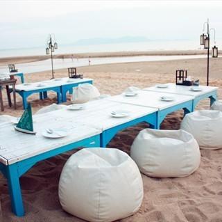 dari The View Beach Bar & Restaurant (อ.สัตหีบ) di อ.สัตหีบ |Chonburi