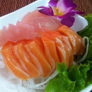 生魚片刺生(小份200元 大份250元) -   / 黑皮酥皮肉圓 (布袋鎮)|雲林/嘉義