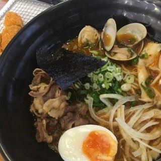 辛豆油牛肉拉麵 -  dari wantailamian (南屯區) di 南屯區 |Taichung