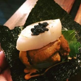 干貝海膽漢堡 -  dari 万廚房 (西區) di 西區 |Taichung